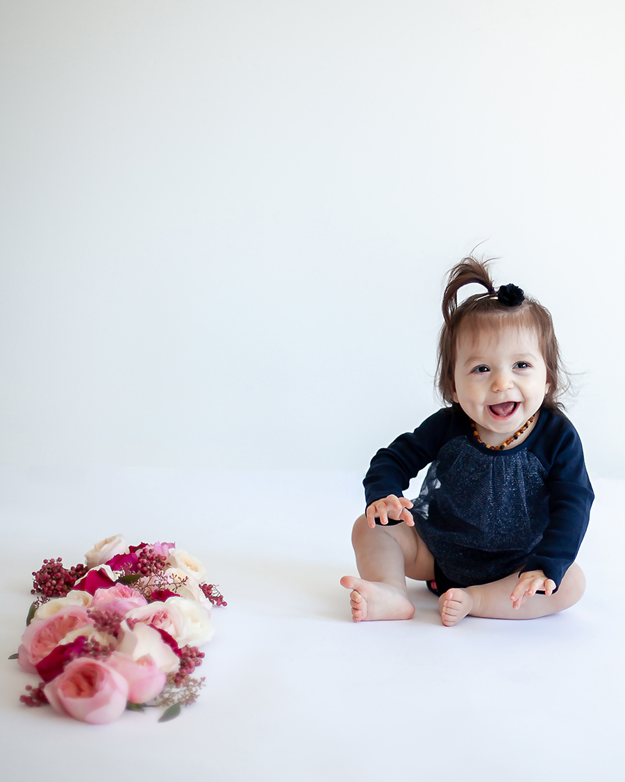 Whitby_Toronto_Floral_Baby_Girl_Petra_King_Photography