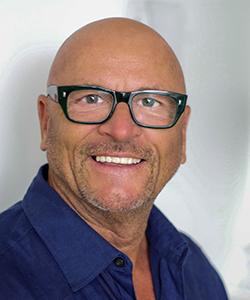 MICHEL ROBERT   Founder / CEO