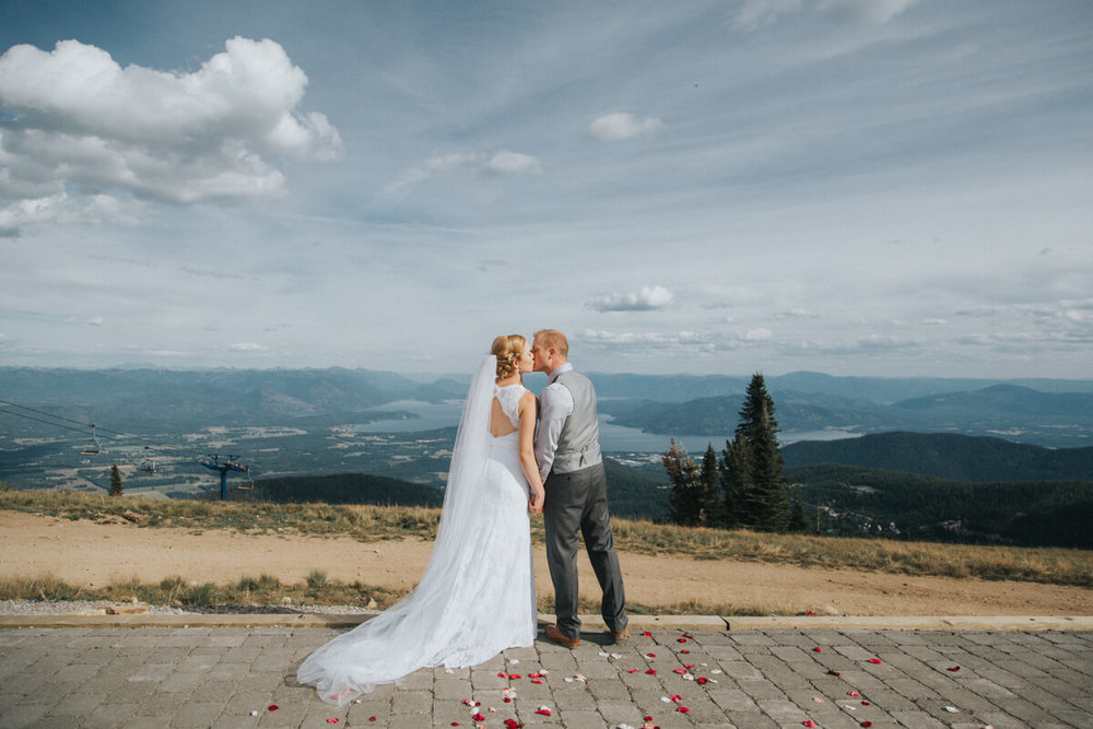 Schweitzer Mountain Lodge Wedding by Bill Weisgerber Photography (87).JPG