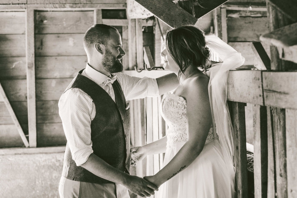 Spokane Barn Wedding (54).jpg