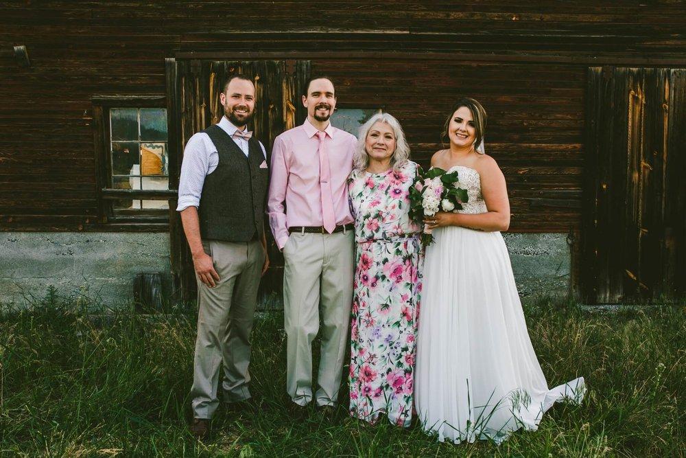 Spokane Barn Wedding (66).jpg