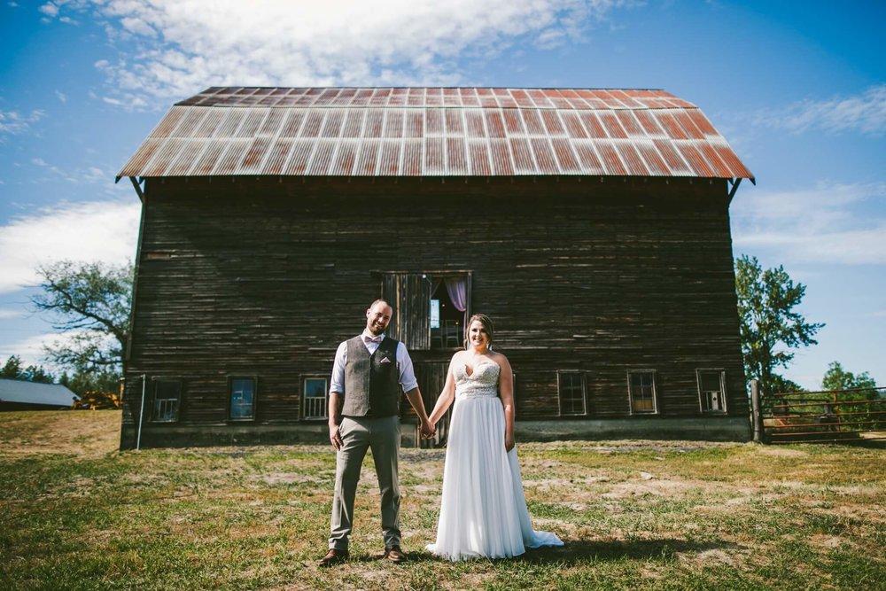 Spokane Barn Wedding (75).jpg