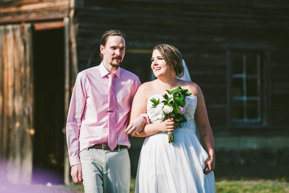 Spokane Barn Wedding (99).jpg