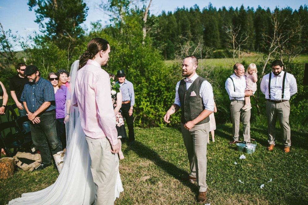 Spokane Barn Wedding (102).jpg