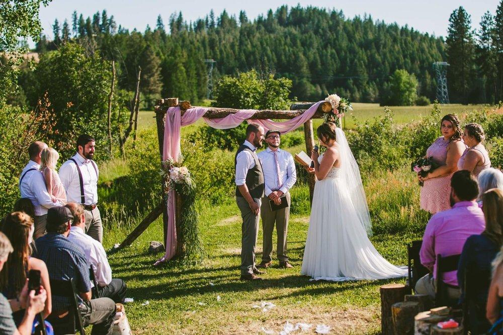 Spokane Barn Wedding (109).jpg