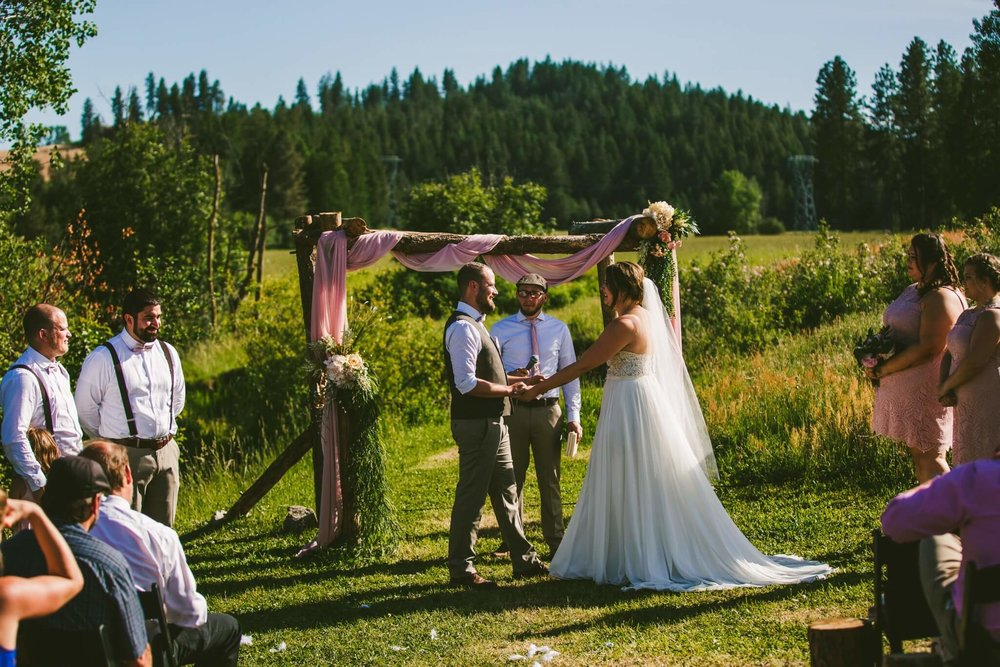 Spokane Barn Wedding (118).jpg