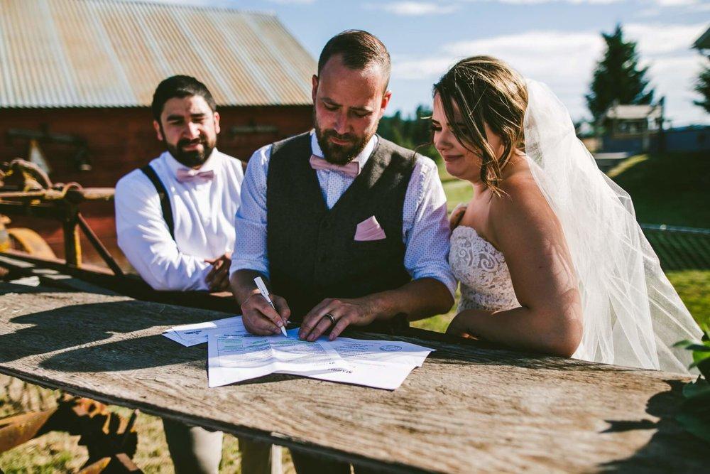 Spokane Barn Wedding (127).jpg