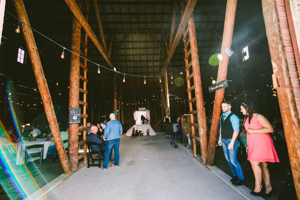 Spokane Barn Wedding (138).jpg