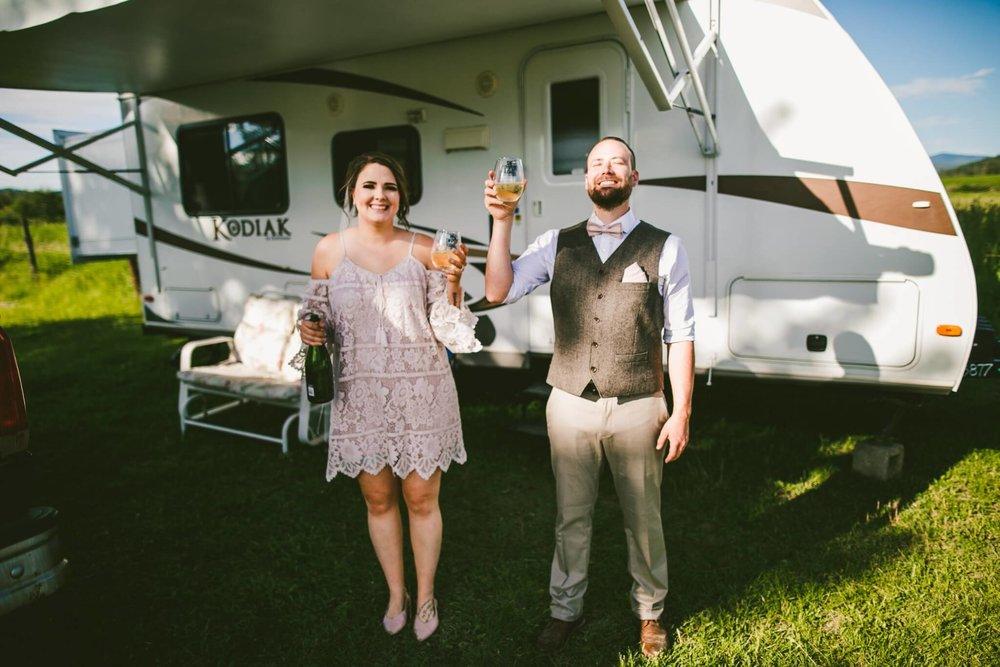 Spokane Barn Wedding (147).jpg