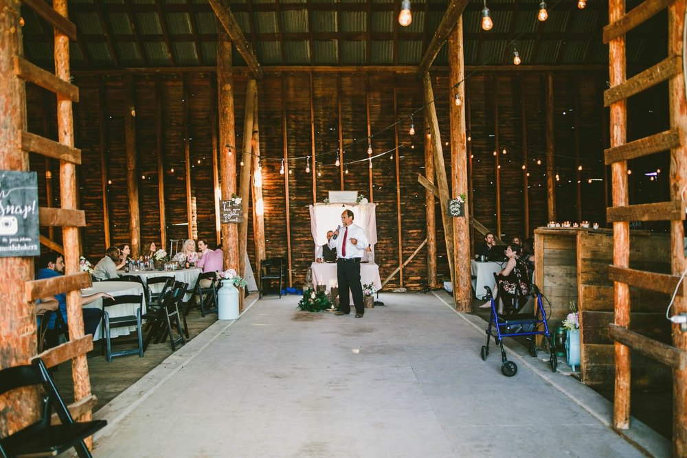 Spokane Barn Wedding (164).jpg