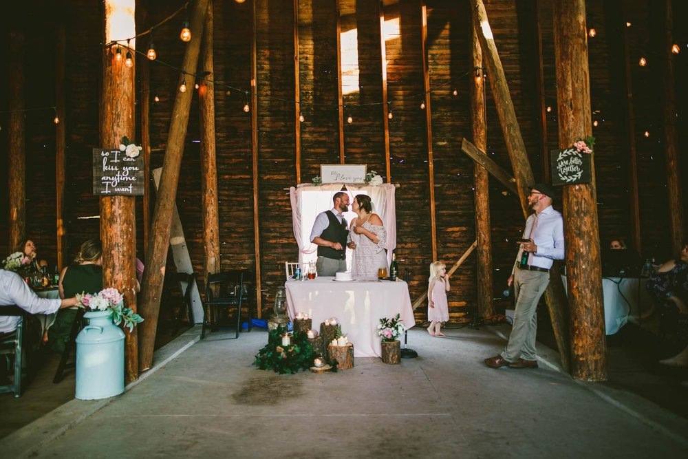 Spokane Barn Wedding (174).jpg