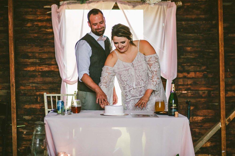 Spokane Barn Wedding (176).jpg