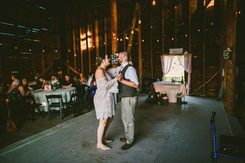 Spokane Barn Wedding (183).jpg