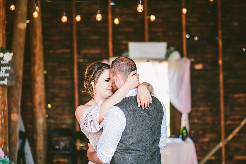 Spokane Barn Wedding (184).jpg