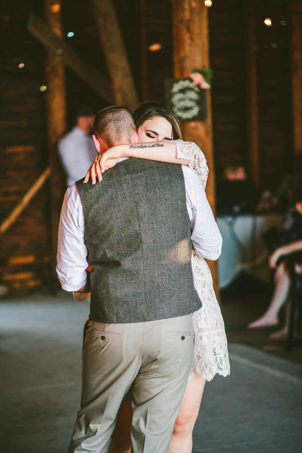 Spokane Barn Wedding (186).jpg