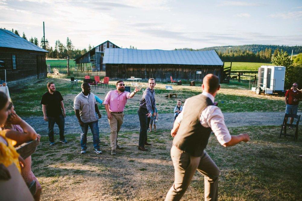 Spokane Barn Wedding (208).jpg