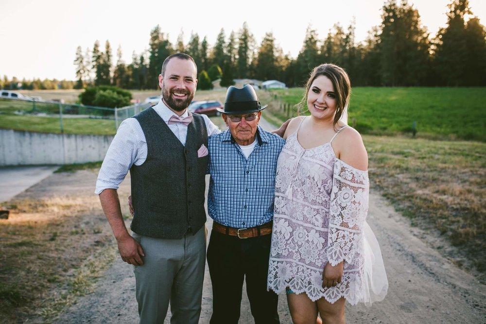 Spokane Barn Wedding (212).jpg