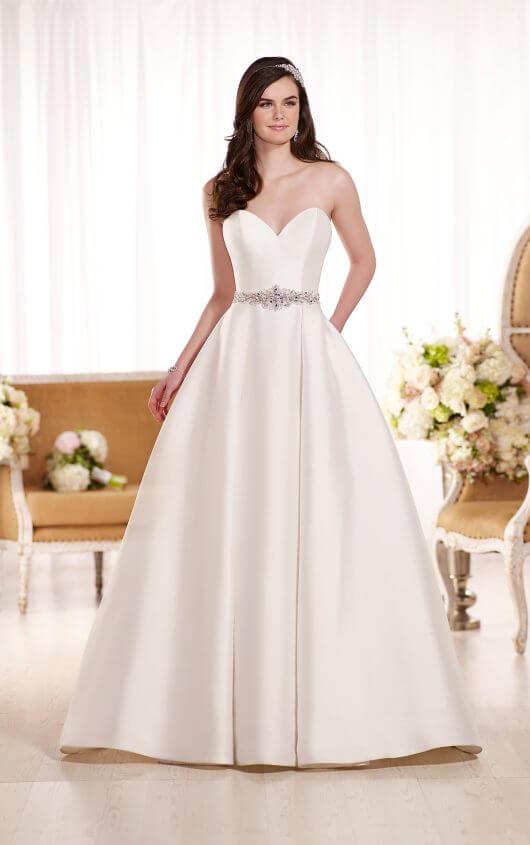 87621bb7458 SEXY SWEETHEART NECKLINE WEDDING DRESS (PASADENA LOCATION)