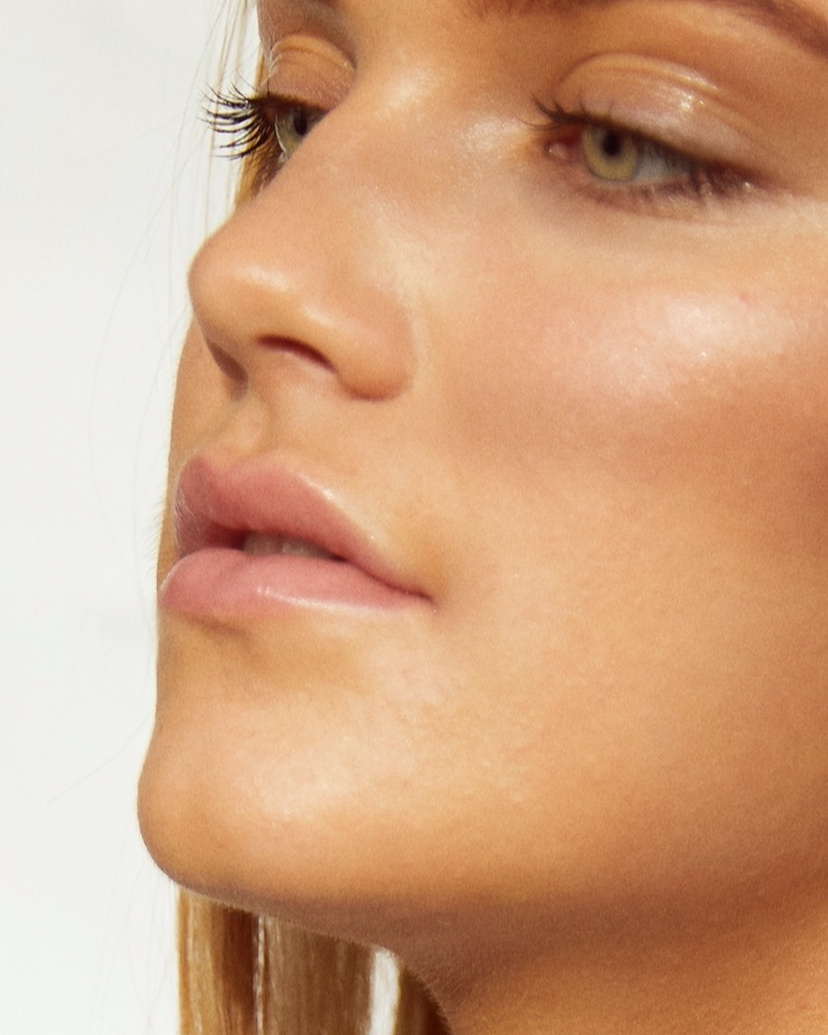 MICROCURRENT MESOTHERAPY CHEMICAL PEELS FACIAL