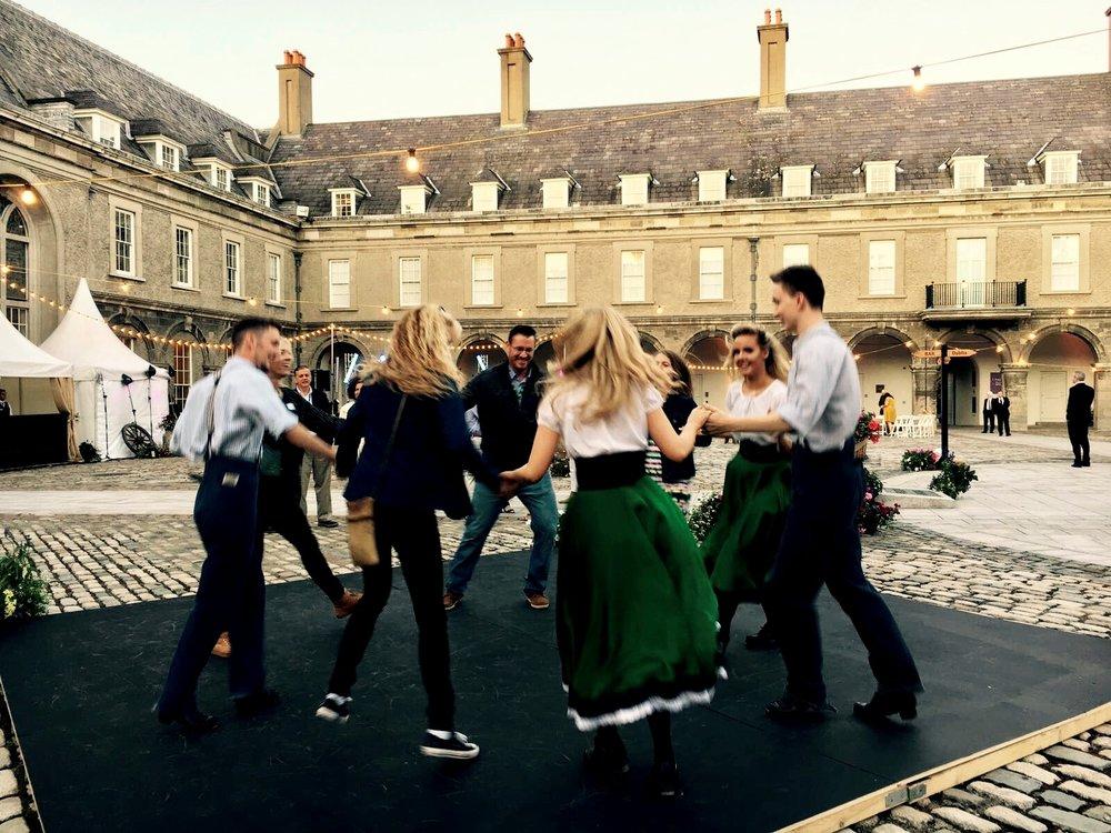 DANCE WORKSHOPS