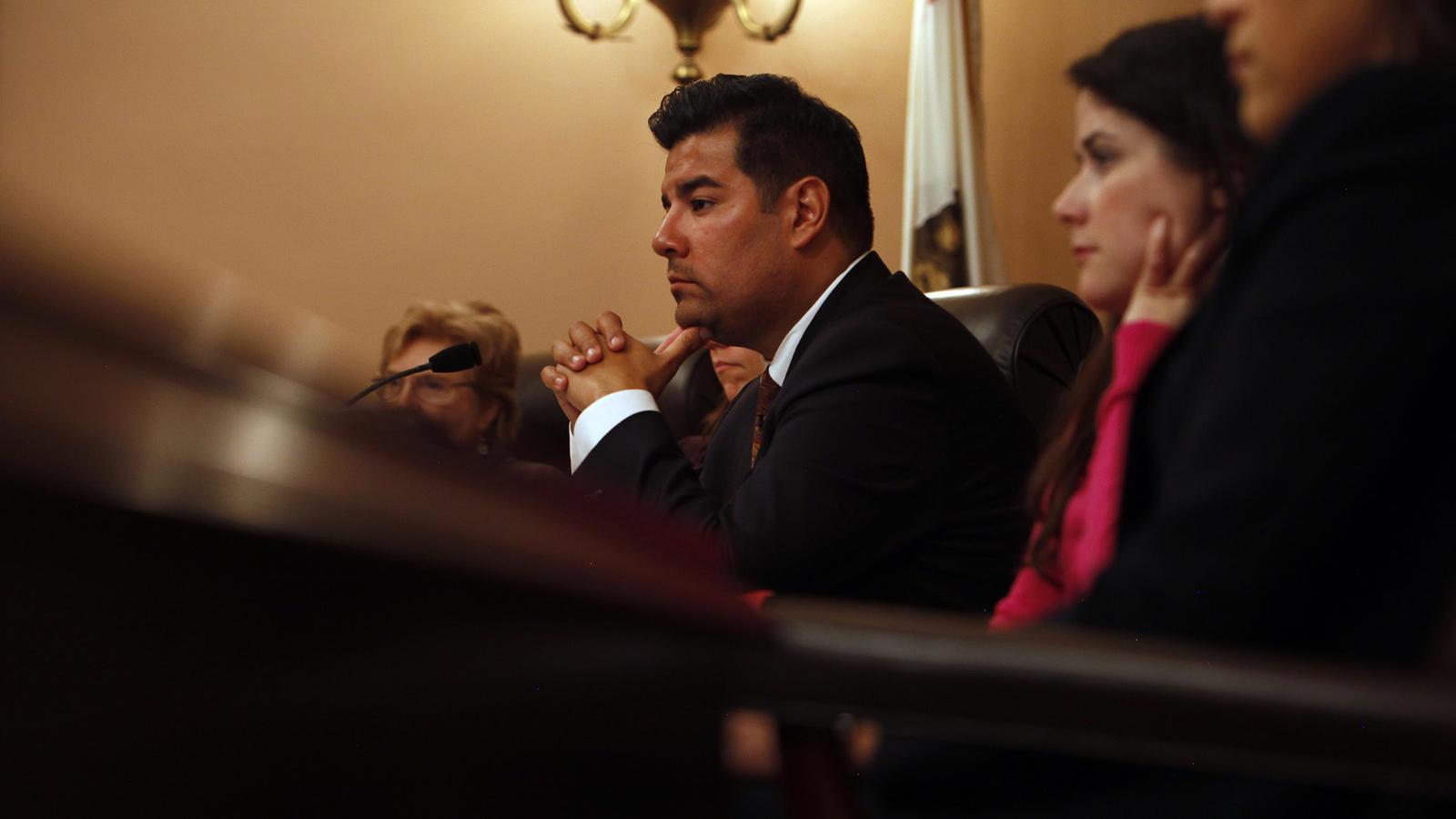 State Sen. Ricardo Lara (D-Bell Gardens) (Katie Falkenberg / Los Angeles Times)