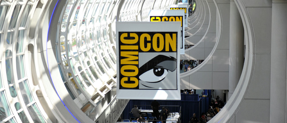 SDCC-2015-Convention-Center-Banner-photo-by-Kendall-Whitehouse-1024x440.jpg