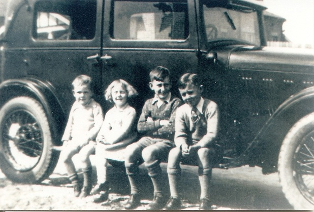 Winney children and their cousins.