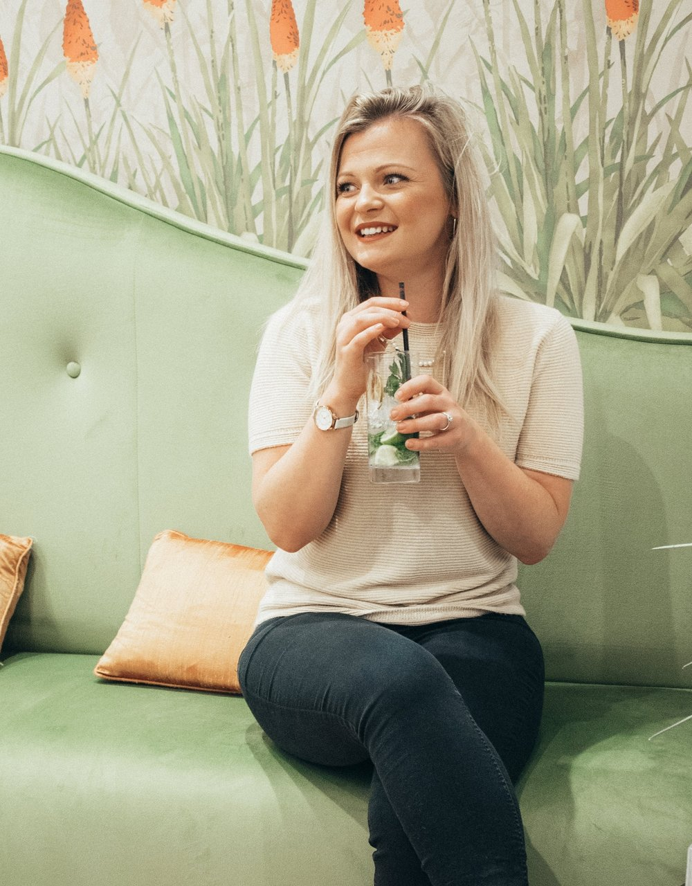 Meet the Blogger - Hey, I'm Claire.I'm a digital marketer, serial Blogger, and your personal digital cheerleader. When I'm not sipping on mojitos, I'm behind a screen sharing my secrets and inspiration to help you reach your dreams.I'm so happy you're here!
