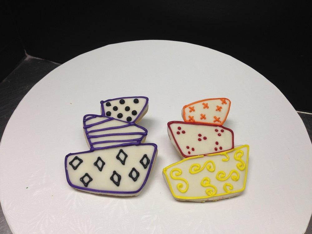 Topsy Turvy Cakes.JPG
