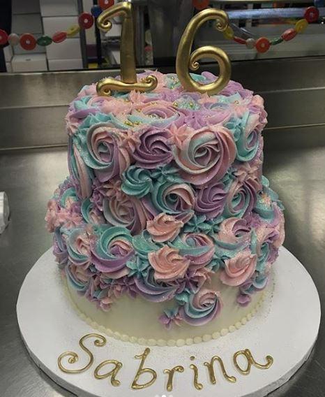 Sweet 16 Cake Spirals