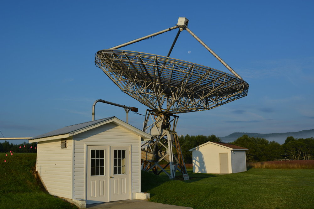 GBO's fully manual 40-foot diameter teaching radio telescope.