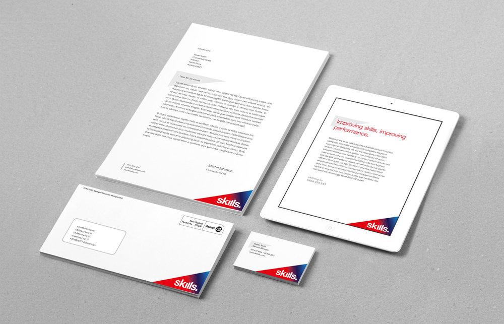 Triangle-Branding-Identity-MockUp-Vol8-v2_1200.jpg