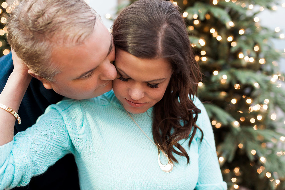 Mulhalls_Omaha_Fall_Engagement_Session_Kerry_Jay_22.jpg