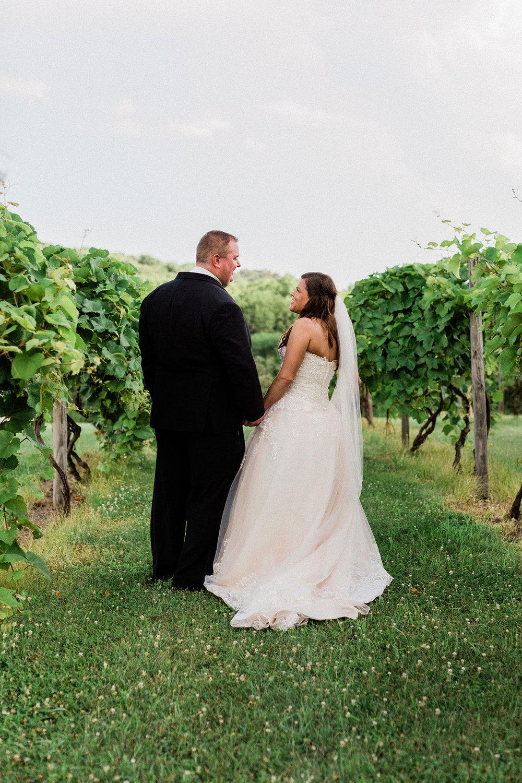 Slattery_Vintage_Estates_Nebraska_Wedding_Kerry_Jay-313.jpg