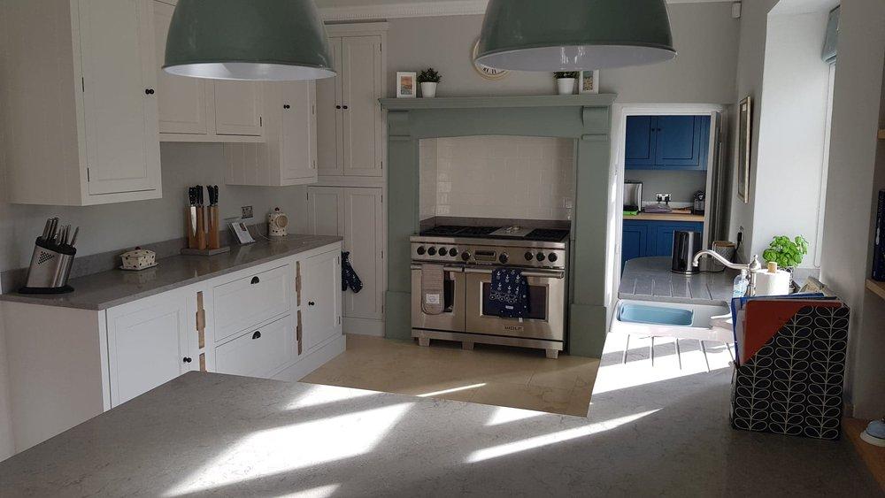Henley painted kitchen by Robert James Interiors (11).jpg