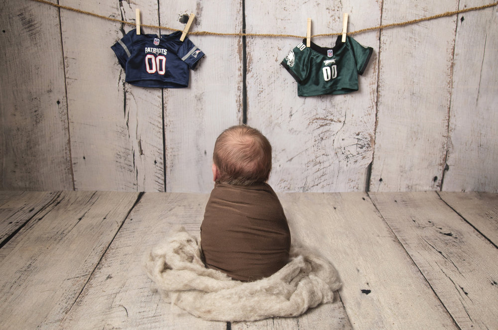 Lincoln was born at just the right time with mom and dad being fans of rival teams during the super bowl. I think we all know how this one turned out!