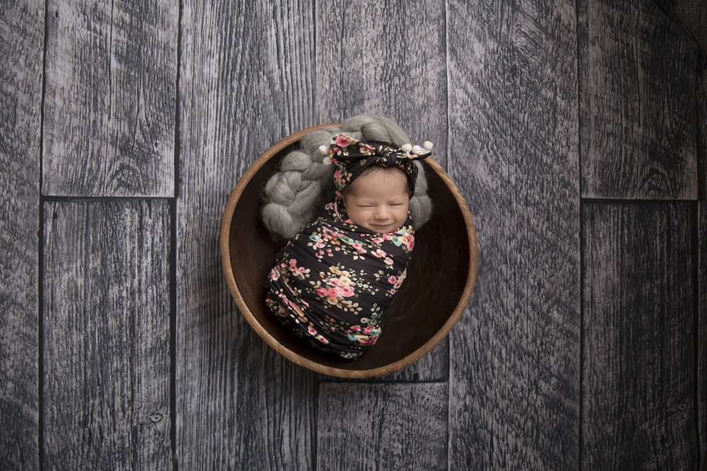 Kennedy_Newborn_016(smile).jpg