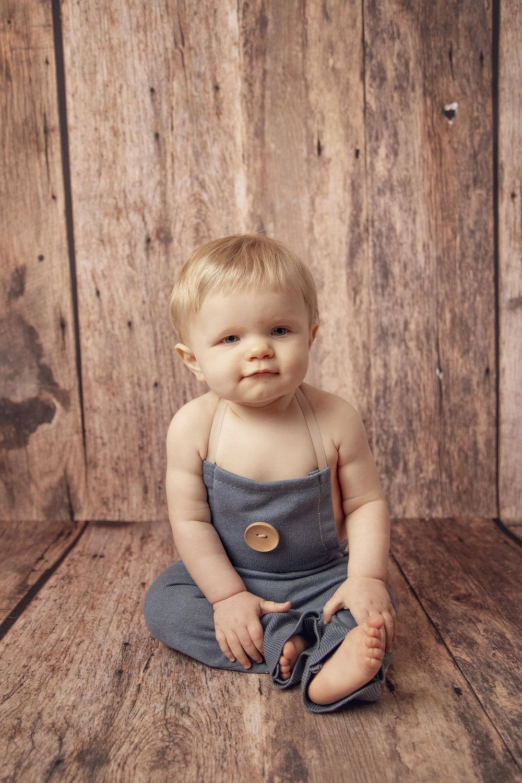 AEP_Wardrobe_Children_010.jpg