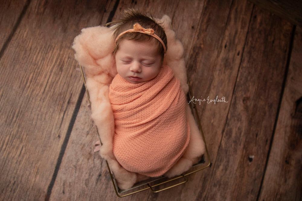 Lancaster_Newborn_Photographer_Angie_Englerth_Jenna_006.jpg