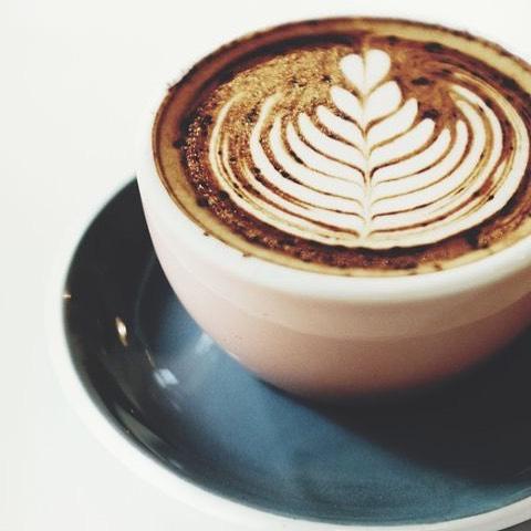 Nu är våran nya hemsida äntligen lanserad!🎈 Länk finns i våran profil! #kaffebaren #coffee #event