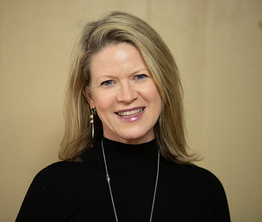 Carolyn Burgess Kelly    Co-Owner