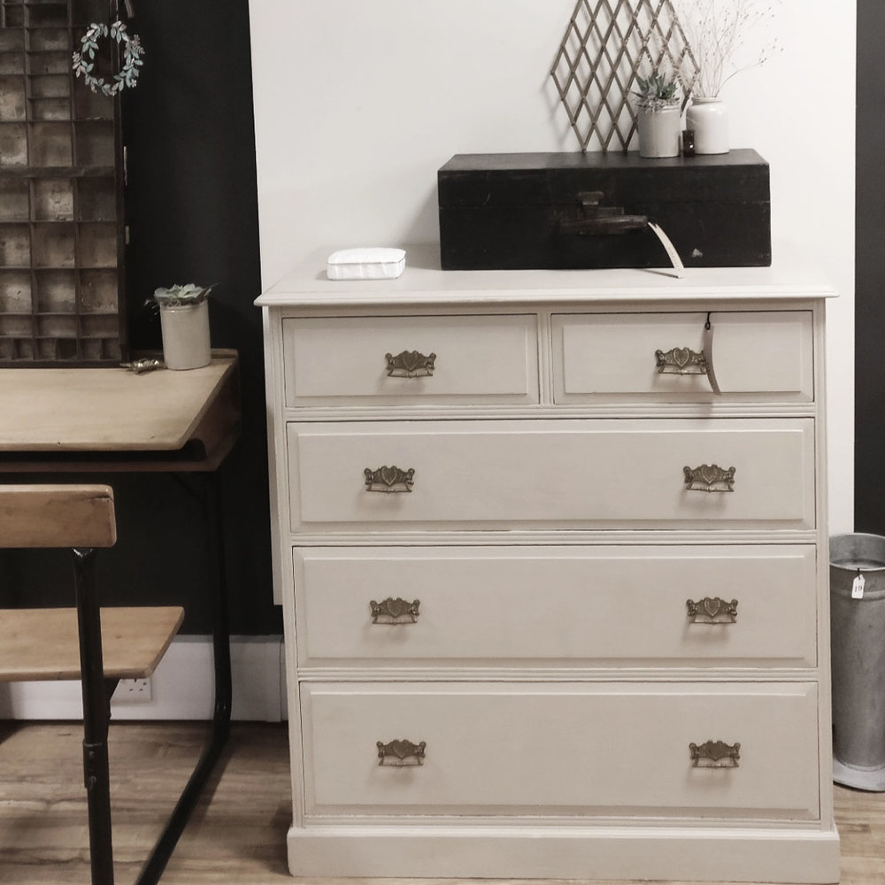 drawers country grey.jpg