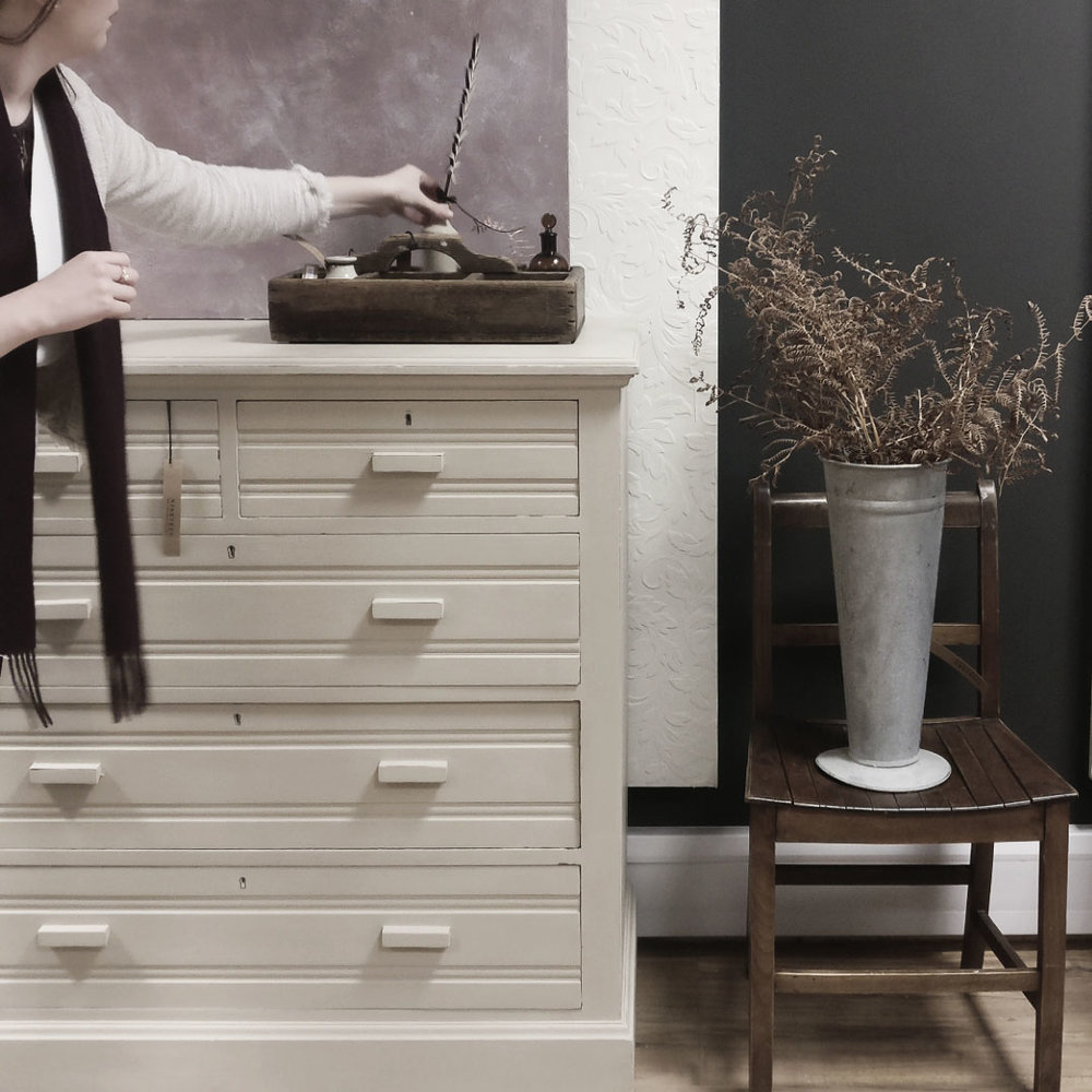 country grey large chest1.jpg