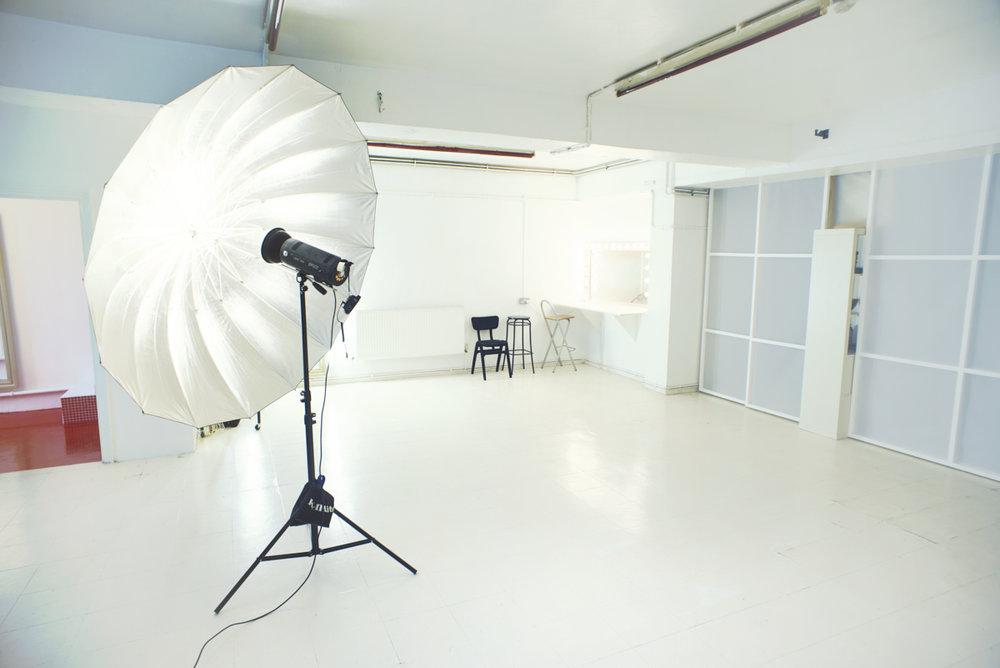 unit b photo studio 06.jpg