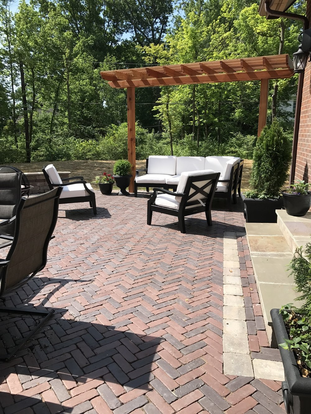 West Chester, Ohio top patio designs with pergola