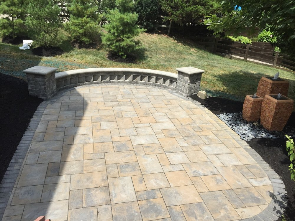 West Chester, OH top landscaping companies to design water features