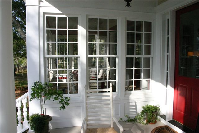 porch to dining.JPG