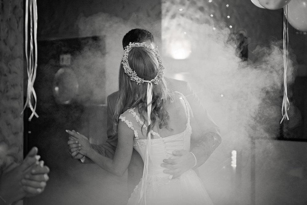 zdjęcia ślubne mrągowo (7).jpg