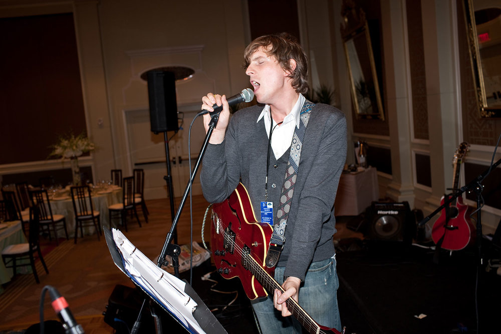 Wedding-Sound-check-singer--NY-Times-Andrew-Hetherington.jpg