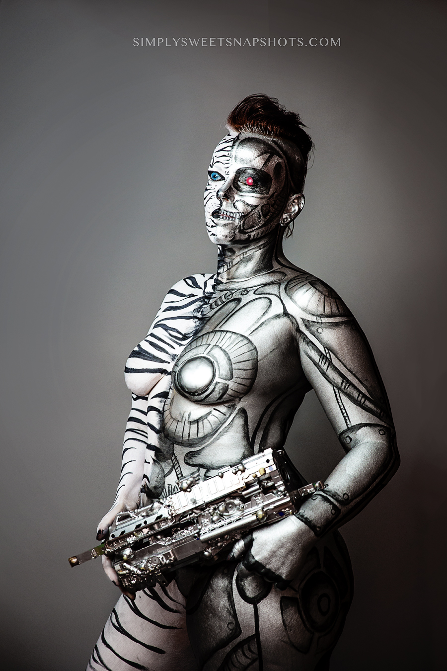 A body paint I completed in 2014 on model Jonnie Reboira who had been battling    Alopecia    for three years at the time. Shot by photographer,    Stacey Lopez   .